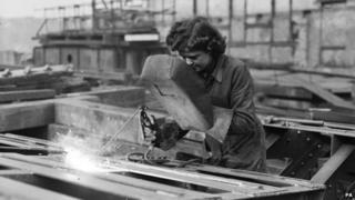 Dorothy, a female welder at Waterloo Bridge