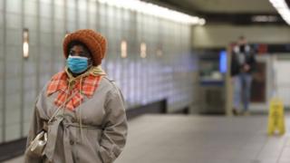 《口罩戴还是不戴 BBC驻美记者的纠结》