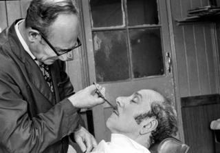in_pictures Barber, Hackney