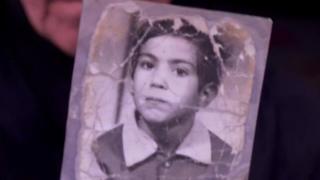 عراقي يعثر على والدته بعد 30 عاما