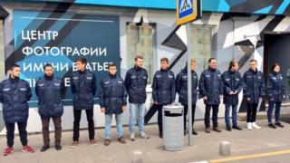 """Активисты организации """"Офицеры России"""" блокировали вход на выставку"""