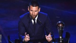 Messi oo markii lixaad noqday laacibka dunida.