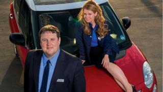 Peter Kay and Sian Gibson as Kohn and Kayleigh