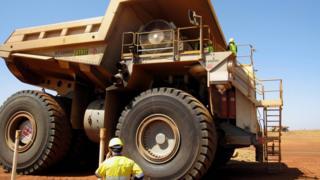iron ore truck pilbara