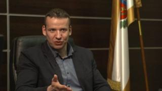 """Trưởng làng Laszlo Toroczkai nói người Hồi giáo """"sẽ không thể hòa nhập"""" vào cộng đồng người Công giáo ở làng này."""