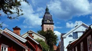 دزدان جواهرات سلطنتی را تابستان گذشته از کلیسای سترنیس در نزدیکی استکهلم دزدیدند