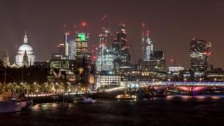 """""""İzahedilməz Sərvət Sərəncamı"""" (UWO) London Böyük Britaniyada sərvət ovçuları çirkli pulların yuylması"""