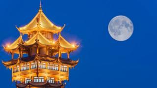 Mặt trăng thật trên bầu trời Thành Đô có thể sẽ được 'tiếp sức' bởi một mặt trăng giả ?