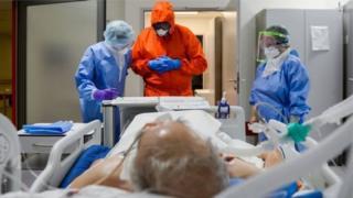 一些疫情已经趋缓的国家确诊病例可能再次显著上升
