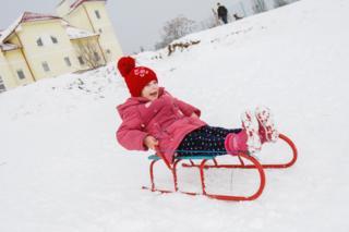 Поэтому детвора в Ужгороде еще перед Рождеством имела возможность вволю накататься на санках