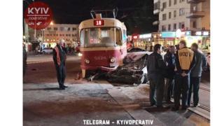 Фото з місця аварії депутата