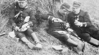 Солдати на фронті