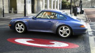 Car entering the congestion charge zone in London