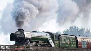 Flying Scotsman heading towards Gloucester