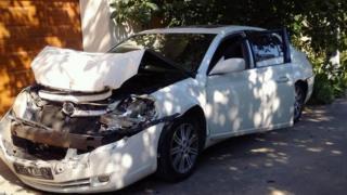 Фото своей разбитой машины Григорий Козьма выставил в Facebook