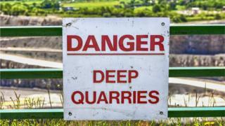 quarry sign generic