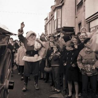 Father Christmas visits Weymouth in 1965