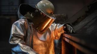Trabajador del acero en una fábrica de Alemania.