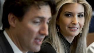 イバンカさんは世界の指導者らとの会談に同席している(写真は先月訪米したカナダのトルドー首相とイバンカさん)