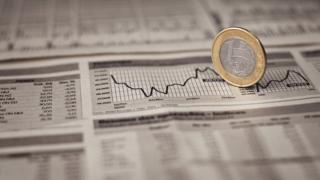 moeda brasileira e gráficos