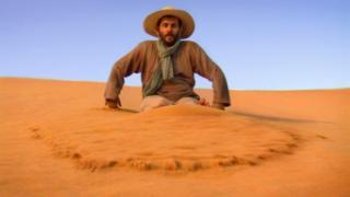 O físico Stéphane Douady se deparou por acaso, há mais de uma década, com o canto das dunas e, desde então, busca respostas para o fenômeno raro.