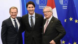 From left to right: European Council President Donald Tusk, Canadian PM Justin Trudeau and European Commission President Jean-Claude Juncker in Brussels. Photo: 30 October 2016