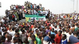 Revolution meaning: Egyptian Revolution, Arab Spring, Occupy Nigeria, wetin #RevolutionNow protest resemble