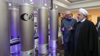ایرانی صدر حسن روحانی (فائل فوٹو)