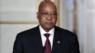 Depuis quelques temps, Zacob Zuma, est mis en cause dans des scandales de corruption.