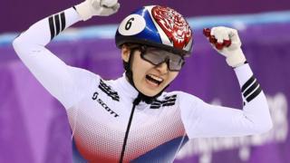 최민정은 앞서 여자 1500m에 이어 2관왕에 올랐다
