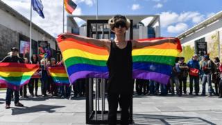 Акция в Берлине в защиту чеченских геев