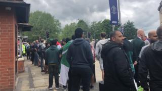 Trent Bridge queue