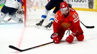 Никита Кучеров реагирует на поражение российской сборной