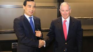 Anbang Insurance Group chairman Wu Xiaohui (left) and Blackstone chairman Stephen Schwarzman at an event in China last year