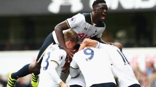 Victor Wanyama of Tottenham Hotspur celebrates