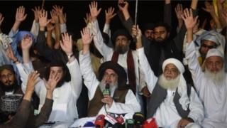 आसिया की रिहाई के ख़िलाफ़ पाकिस्तान में प्रदर्शन हुए