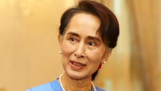 In a speech in Singapore on Tuesday, Ms. Suu Kyi blamed Bangladesh for practically stopping Rohingya reintegration.