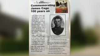 Leaflet commemorating soldier