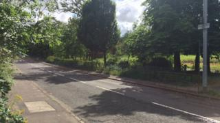 Caldercuilt Road in Summerston