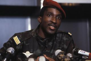 Thomas Sankara speaks to reporters in Paris, France, in 1983.