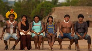 Brazil Amazon: Old enemies unite to save their land