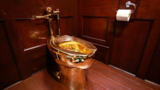 价值百万英镑、18K金铸造的马桶,出自意大利著名设计家之手
