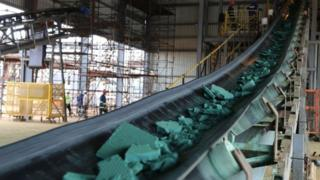 DR Congo dey produce more dan 60% of cobalt for di world