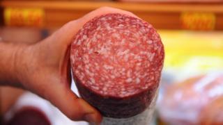 Un embutido de salami