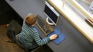 Child on PC