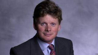 Richard Benyon, Conservative PPC, election 2001