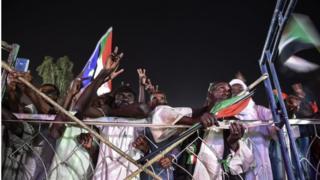 قوى الحرية والتغيير في السودان تعلن مواصلة الاعتصام.