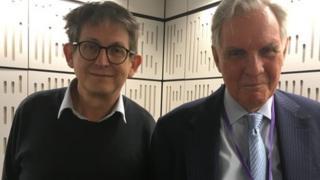 ALAN RUSBRIDGER e o reverendo britânico Jonathan Aitken