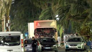 Nice'te saldırının düzenlendiği kamyon