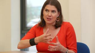 Lib Dem government to stop Brexit on day one - Swinson